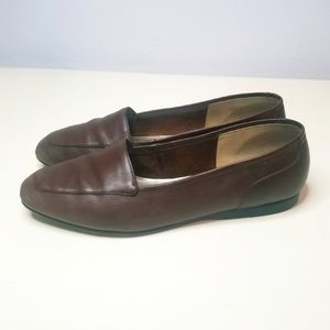 Enzo Angiolini brown leather loafer flats size 6